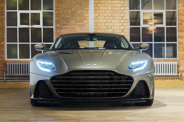 Aston Martin DBS Superleggera - Aux services secrets de Sa Majesté