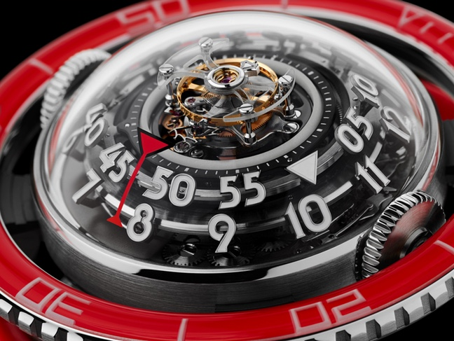 MB&F Horological Machine N°7 Platinium Red