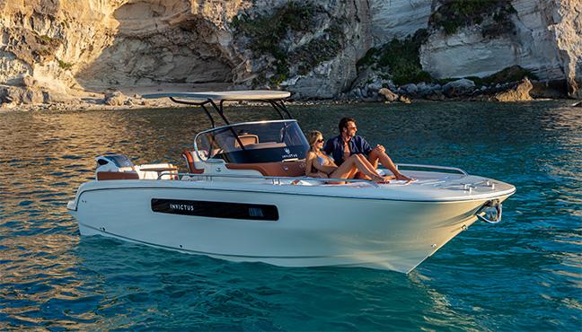 Invictus Yacht CX270