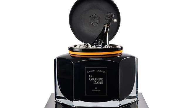 La Grande Dame by Baccarat