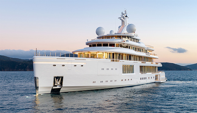 Benetti FB272 M/Y Luminosity